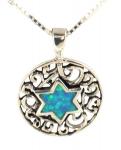 Rundt sølvsmykke med Davidstjerne i opal.