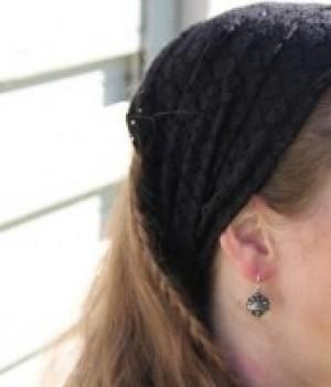 Sort blånde hårbånd